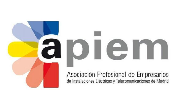 Nueva colaboración formativa entre Finder y Apiem